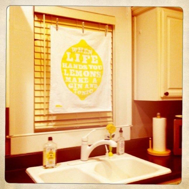 Tea Towel Kitchen Curtains: DIY: Tea Towel Curtains