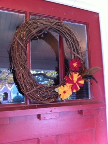 DIY fall wreath with felt fabric flowers